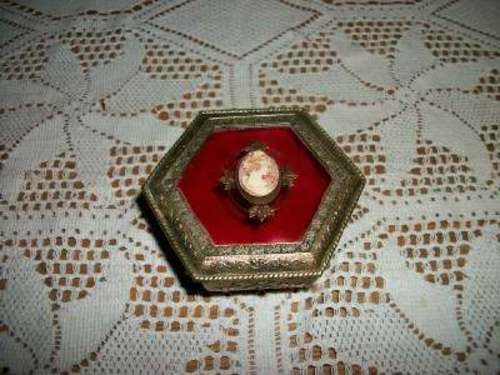FILIGREE JEWELRY CASKET BOX CAMEO JAPAN TRINKET VANITY VINTAGE MID CENTURY