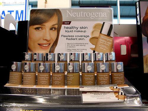 B1G1 AT 20% OFF Neutrogena Healthy Skin Liquid Makeup Founda