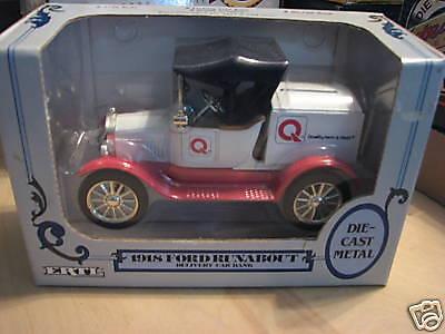 1988 Ertl  Farm   Fleet 1918 Ford Runabout Bank Mib