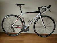 Trek 1.7 Carbon road Bike Shimano Ultegra + 105 RRP £800 not Giant Specialized Bianchi Cannondale