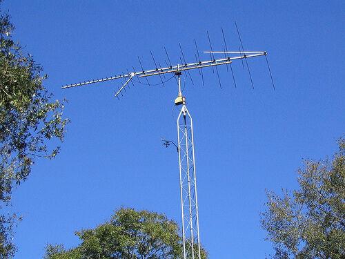 Get rid of your old TV Antenna Tower! | Other | London ...