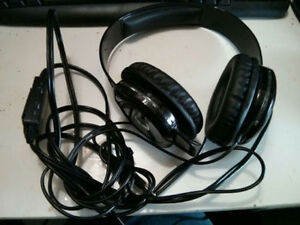 Universal - Headset - Wired - AG .50 Afterglow Headset