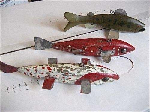 Vintage wood lures ebay for Vintage fishing lure identification