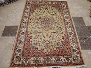 Awesome Cream Floral Medallion Area Rug Hand Knotted Silk Wool Carpet (6 x 4)'