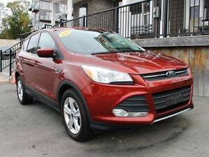 2014 Ford Escape SE / 1.6L I4 / Auto / FWD **Just 69K**