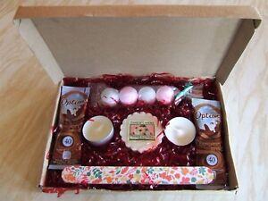 Girls gift box bath bombs  hot chocolate ladies gift set