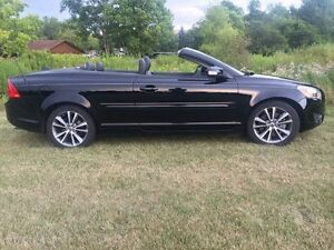 2012 Volvo C70 Convertible damage best offer