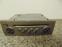 GENUINE RENAULT TUNER LIST RADIO CD PLAYER WITH CODE