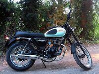 2016 Sinnis Retrostar 125cc motorbike