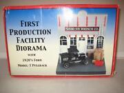Snap on Diorama
