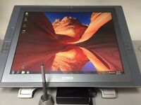 "21"" Wacom DTX-2100D Touchscreen Illustration and CAD workstation tablet"