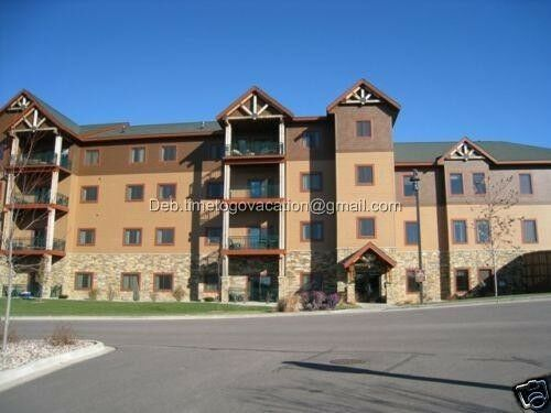 Jul 18 22 3 Bedroom Prez Wyndham Glacier Canyon Wisconsin Dells Water July 4nts Eur