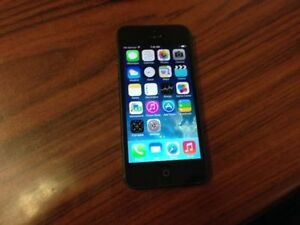 iPhone 5- 16gb  Bell