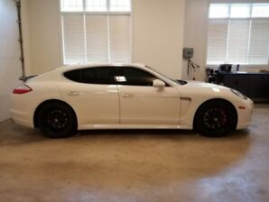 Porsche Panamera white (used auto dealers)