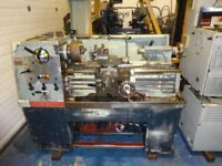 COLCHESTER STUDENT 1800 STRAIGHT BED CENTRE LATHE