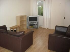 3 bedroom house in Metchley Drive, Harborne, B17
