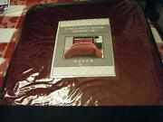 Queen Burgundy Quilt Sets