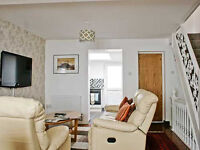 3 bedroom holiday house with remote off road parking close to all attractions and amenities