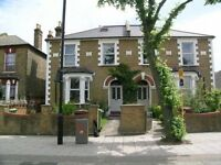 Lovely 3-bed, 2 bathroom flat to rent in East Dulwich