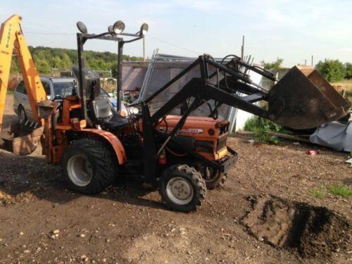 kompakttraktor traktoren schlepper ebay. Black Bedroom Furniture Sets. Home Design Ideas