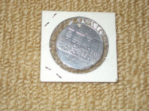 ROYAL CANADIAN MINT, 1982 UNCIRCULATED DOLLAR-1867 CONFEDERATION