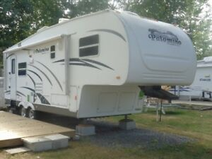 Fifth wheel Palomino 826RL 2010 // Garantie jusqu'en 2021