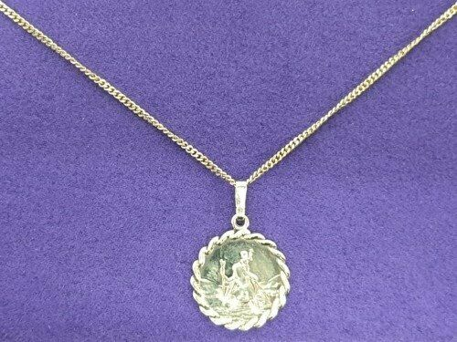 c7c67d298a3 9ct Gold St Christopher Necklace   in Shipley, West Yorkshire   Gumtree