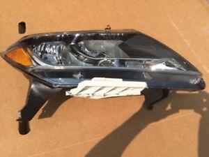 Nissan Pathfinder Headlamp Headlight Assembly RH 26010-3KA0B