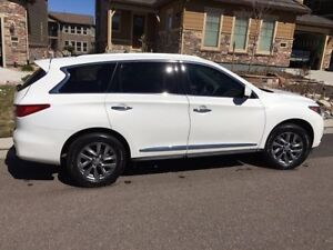 Infiniti JX35 top model, low kms