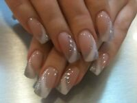 POSE D'ONGLES RESINE,ACRYLIC,GEL,SHELLAC,PEDICURE ECT