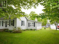 2 bedroom bungalow for sale in Clinton