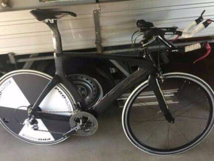 Time Trial Triathlon Bike - As new condition and appearance