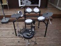 roland td15 kv drum kit.......................................