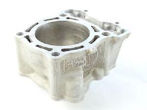 Yamaha OEM Cylinder Jug YZ250F/WR250F 2001 - 2013 New - 5XC-11311-20-00