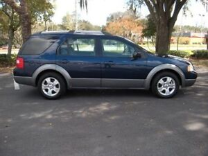 2005 Ford FreeStyle/Taurus X LE SUV, Crossover