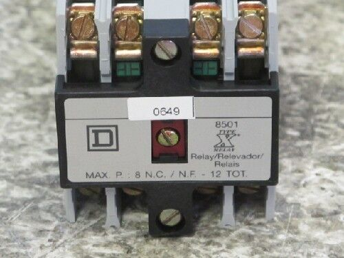 SQUARE D 8501XO1000 CONTROL RELAYS (NEW IN BOX)