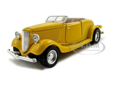 1934 FORD CONVERTIBLE YELLOW 1:24 DIECAST CAR MODEL BY MOTORMAX 73218