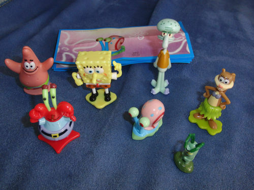 SPONGEBOB COMPLETE SET WITH ALL PAPERS KINDER SURPRISE 2012