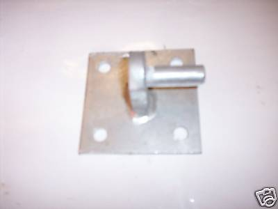 """Galvanised farm gate hook on square plate 12 mm (1/2 """") for sale  Shipping to Ireland"""