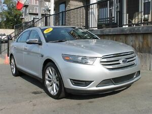 2017 Ford Taurus Ltd / 3.5L V6 / Auto / AWD **Executive Class**