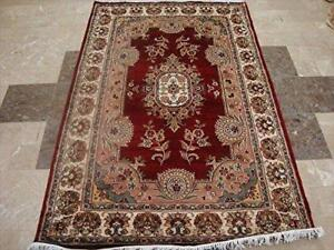 Exclusive Red Floral Lovely Hand Knotted Area Rug Wool Silk Carpet (6 x 4)'