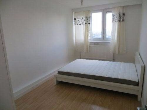 lovely room near Queen Mary UNI for 170pw 07957091448