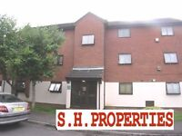 LOVELY 2 DOUBLE BEDROOM FLAT, LOCATED IN WHEATLY CLOSE, HENDON NW4 4LF
