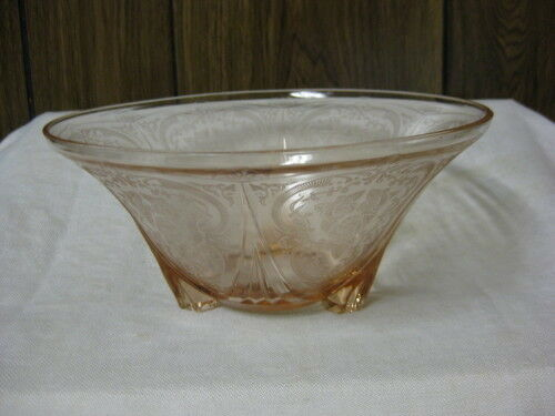 "Pink Depression Glass Royal Lace 3 Toed Bowl 10"" Straight"