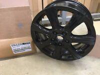 Brand new 17 inch Genuine Nissan Pulsar alloy wheels.Qashqai,Juke,Leaf
