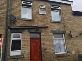 2 BEDROOM TERRACED HOUSE NOW AVAILABLE IN BD7 - CLOSE TO ALL LOCAL AMENTIES AND READY TO MOVE INTO