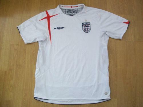f27333e3c5c England Football Shirt