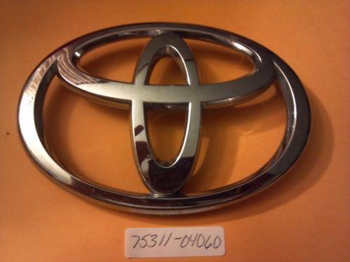 Toyota Tacoma Emblem   eBay