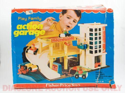 Garage Fisher Price : We play with an old fisher price car park garage toy youtube