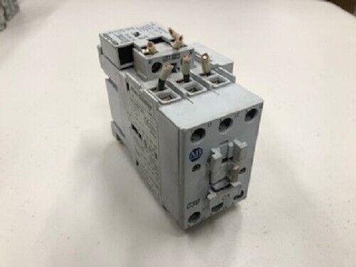Allen Bradley 100-C30*00 Relay Motor starter contactor Ser C with 100-S Aux